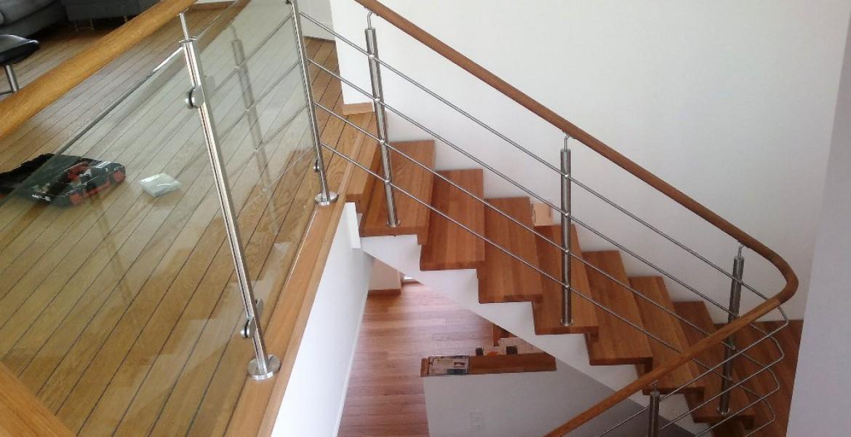 trappräcken inomhus rostfritt